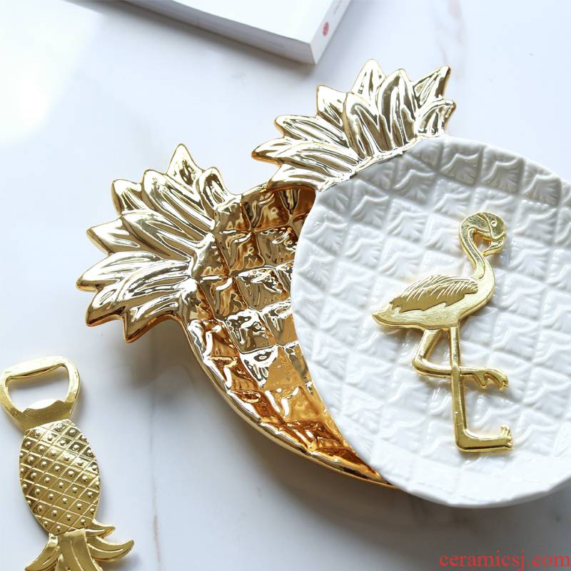 Jingdezhen in Europe and the tide product golden pineapple ceramic decoration plate to receive a plate of fruit salad plate jewelry plate