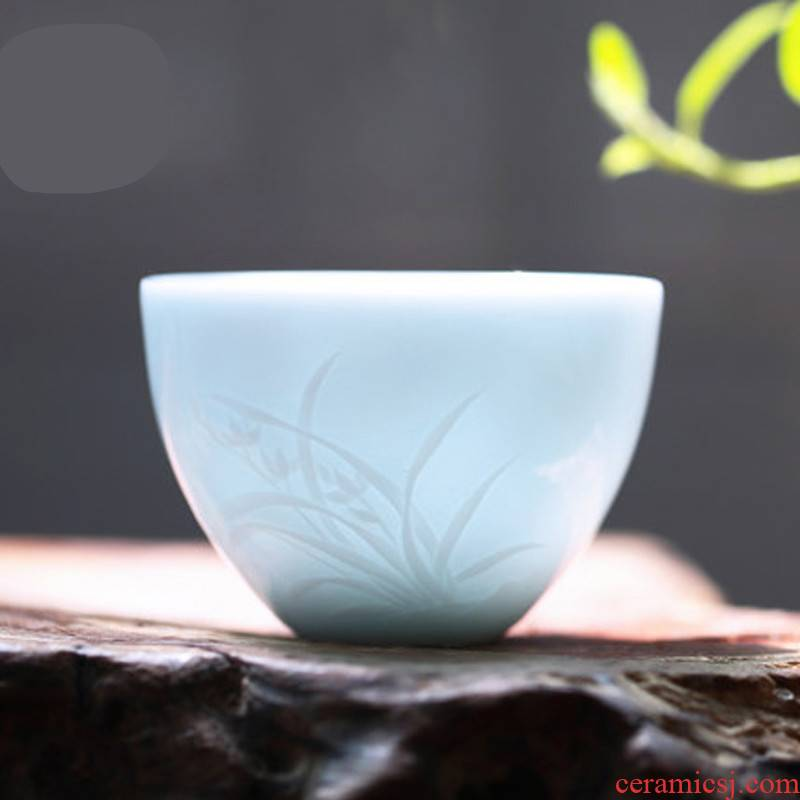 . Poly real boutique scene kung fu tea master of jingdezhen ceramic tea set sample tea cup cup single CPU by patterns of S