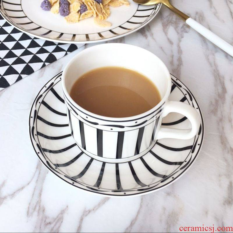 D home with new ipads porcelain coffee cup tray is contracted western - style dishes, black and white stripe coffee cup set