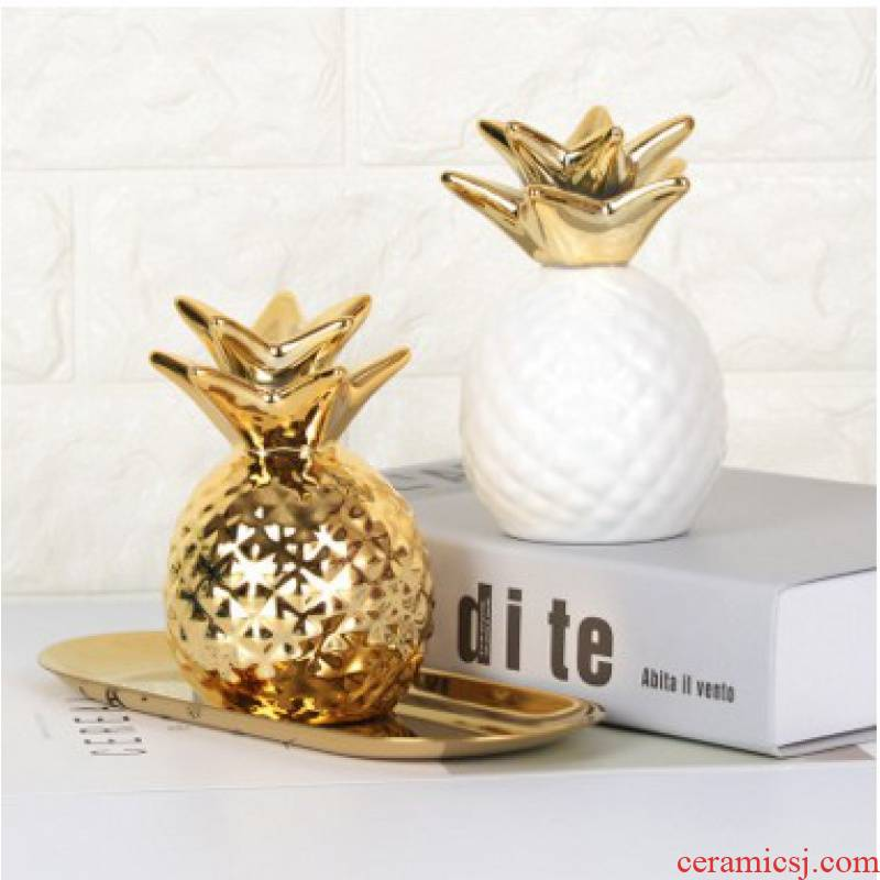 The Nordic ins wind golden pineapple furnishing articles pineapple pineapple shape piggy bank home decoration ceramics handicraft