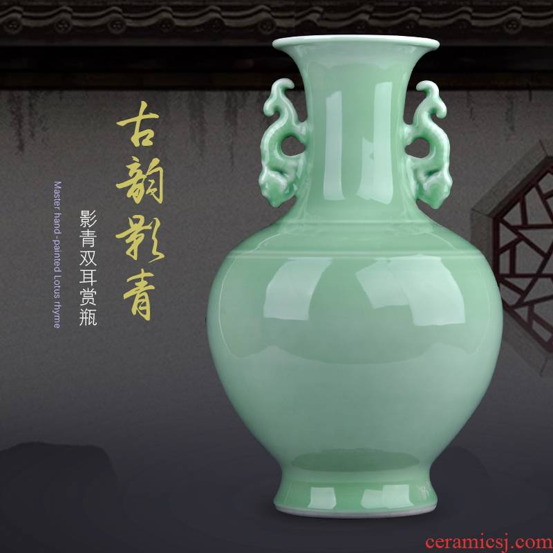 Jingdezhen ceramic vases, antique Chinese style restoring ancient ways craft supplies all hand shadow blue bottle of home decoration items