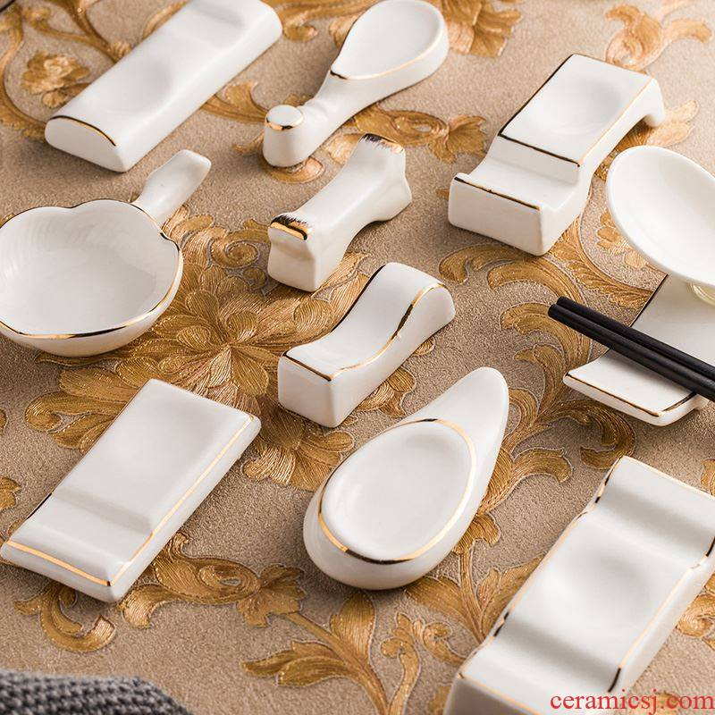Scene for high - grade ceramic up phnom penh and Japanese chopsticks chopsticks frame supporting hotel table use chopsticks chopsticks pillow spoon