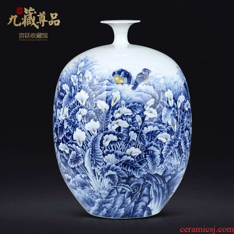 Master hand made blue and white porcelain vases, jingdezhen ceramics Chinese style living room TV cabinet porch is decorated furnishing articles