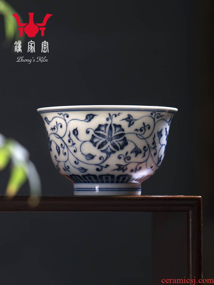 Clock home up noggin jingdezhen blue and white maintain pure manual bound pattern tasting a cup of green tea cup guest