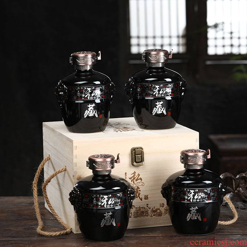 Jingdezhen ceramic jar retro bottle is empty wine bottles of household hip wooden custom 1 catty 5 jins of 10 jins