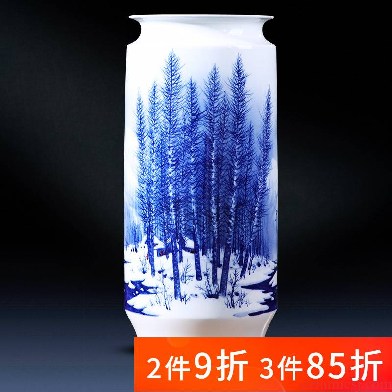 Jingdezhen porcelain ceramic hand - made snow of blue and white porcelain vase living room TV cabinet decoration of Chinese style household furnishing articles