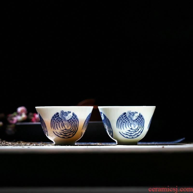 Blue and white hand heavy painting phoenix tea cups hand cup sample tea cup light Blue and white porcelain tea set