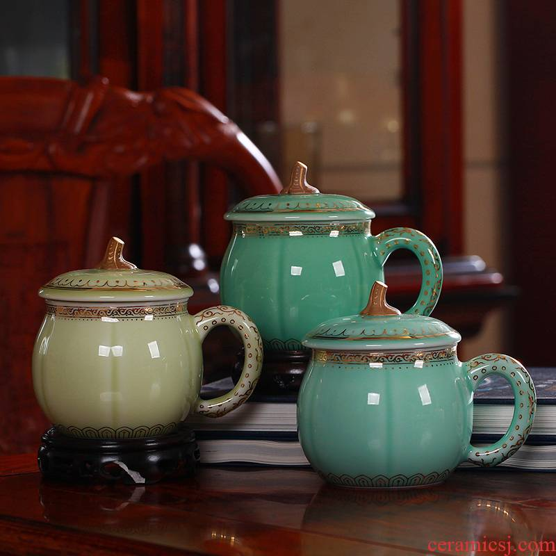 Red xin gold coloured drawing or pattern celadon teacup pumpkin cup tea cups office keller cups with cover cups