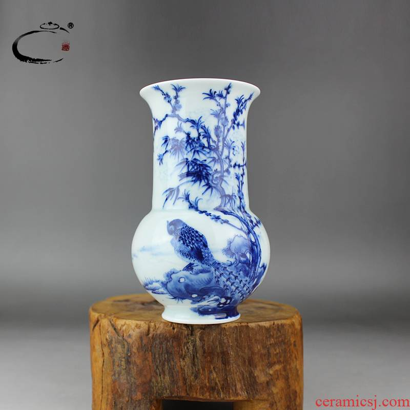 And auspicious old jingdezhen blue And white flower vase hand - made ceramic household crafts jewelry flowers in hand