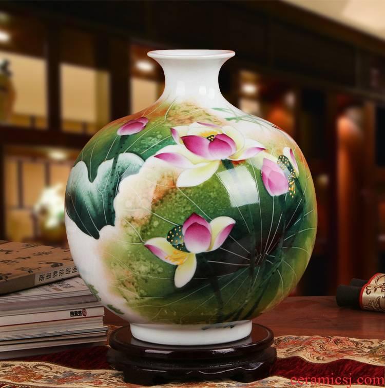 Famous works of hu, jingdezhen ceramics vase upscale gift hand famille rose porcelain lotus tree