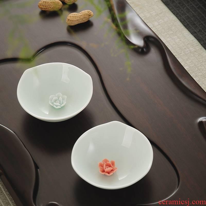 Celadon lotus tea master cup of jingdezhen porcelain petals cup sample tea cup creative cup tea cup fish by hand