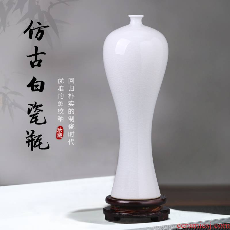 Jingdezhen ceramics white vase name plum bottle furnishing articles I and contracted household living room TV ark adornment arranging flowers