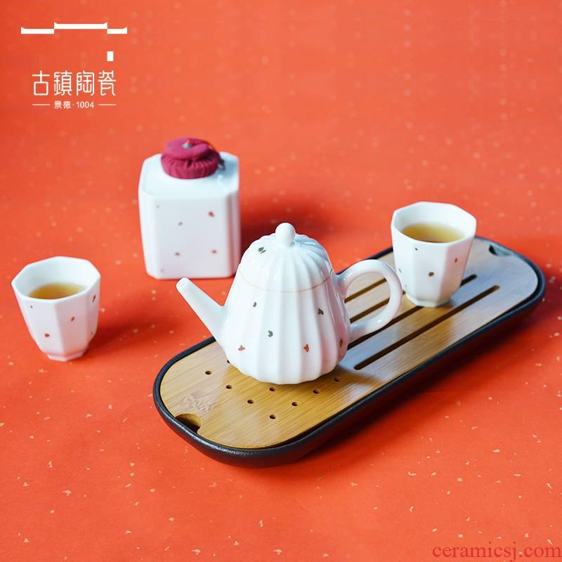 Ancient pottery and porcelain of jingdezhen kung fu tea sets ceramic cups, teapot tea tray was home tea tea set
