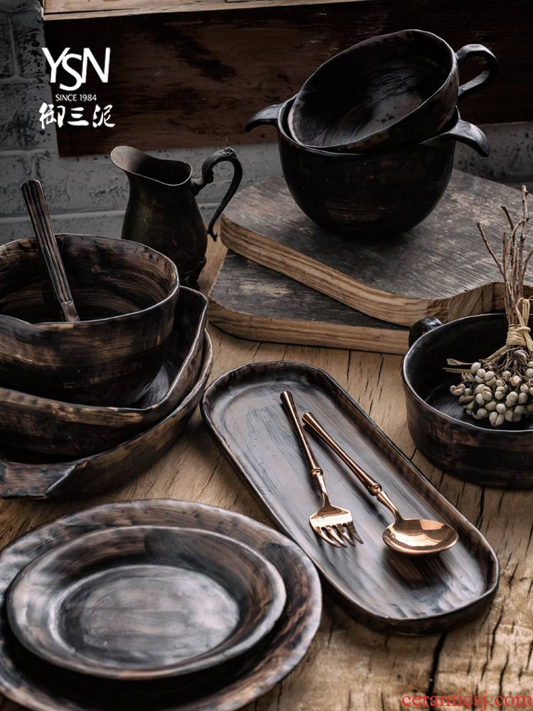 Royal three thick mud earthenware bowl disc feeder retro black mud tableware tableware dishes checking out creative move