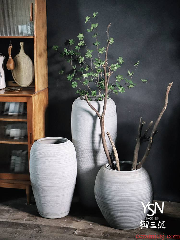 Jingdezhen ceramic vases, flower arrangement sitting room furnishing articles dried flowers to decorate the modern contracted landing flower implement coarse pot