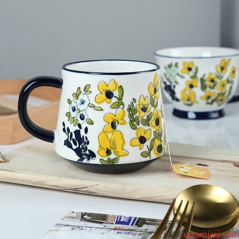 Creative hand - made flowers mark cup with handles ceramic cup home coffee cup oats cup breakfast cup northern Europe
