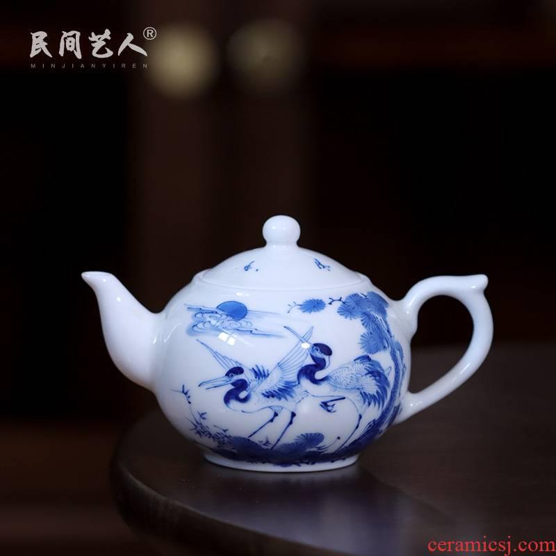 Blue and white porcelain pine crane live teapot hand - made kung fu tea tea, small tea ware jingdezhen ceramic teapot