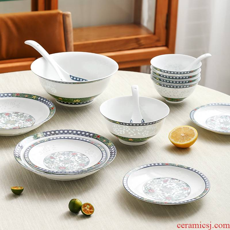 The dishes suit in The The qing dynasty royal with 28 head on colored enamel porcelain glaze and exquisite tableware suit light bright spring