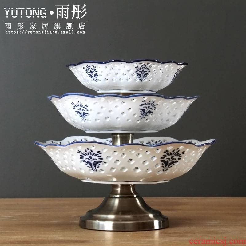 Three the layers of fruit bowl of blue and white porcelain of jingdezhen ceramic creative new Chinese style household dish tray was dessert snacks of candy