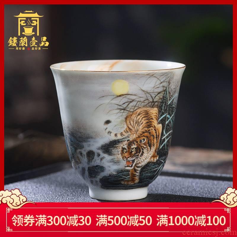 Jingdezhen ceramic all hand - made pastel tigers down the mountain master cup kung fu tea tea tea, personal single CPU