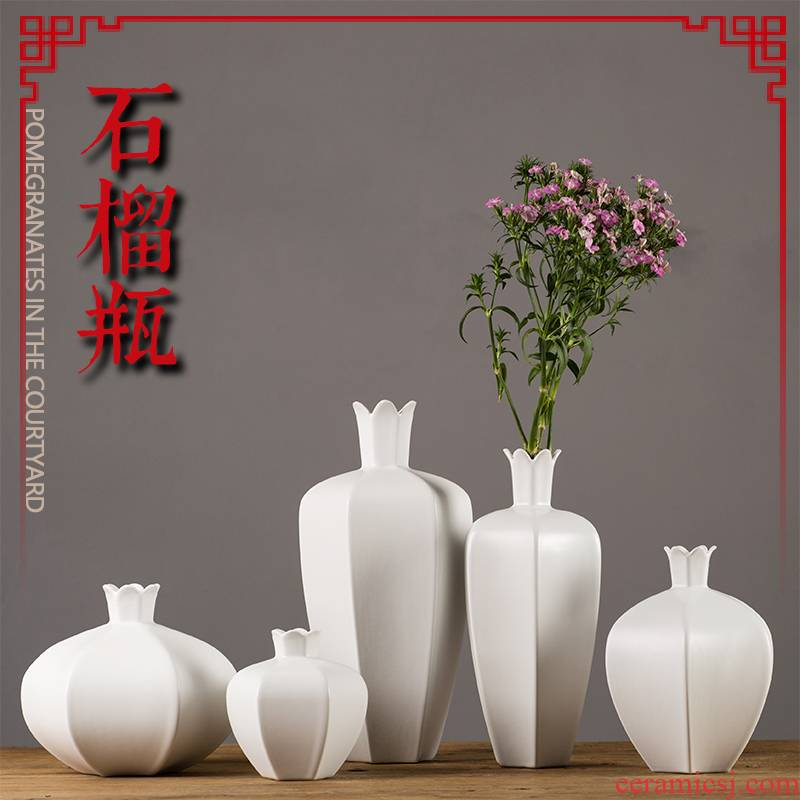 Jingdezhen ceramic vase home sitting room creative arts dried flower flower arranging flowers, tea table, European - style decorative furnishing articles
