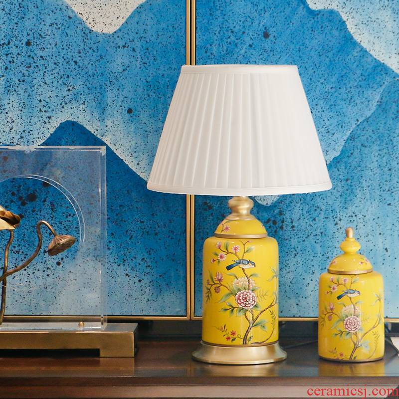 American pastoral bedroom nightstand furnishing articles creative study of new Chinese style living room full of copper decoration painting of flowers and ceramic lamp