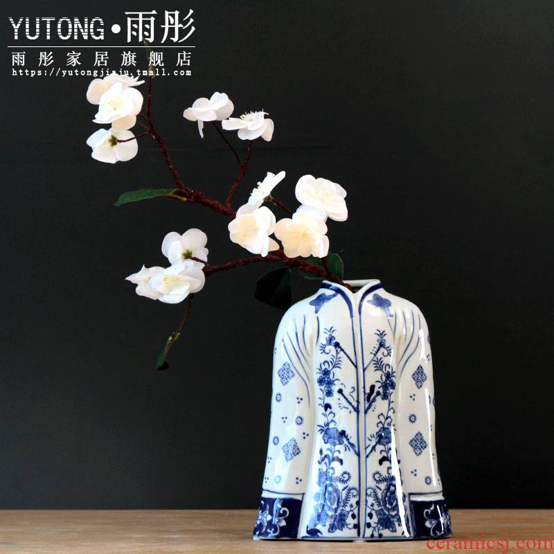 New Chinese style restoring ancient ways creative pattern of jingdezhen ceramic antique blue and white porcelain vases, flower arrangement sitting room place between example