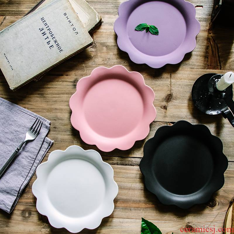 New product matte enrolled frosted ceramic pattern plate flat flower posed plate plate Japanese writer style flower shaped plates