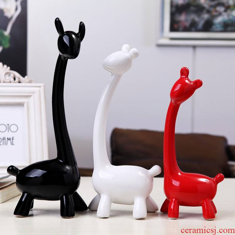 O6 modern creative household soft adornment sitting room place, three new wine ceramic decoration arts and crafts