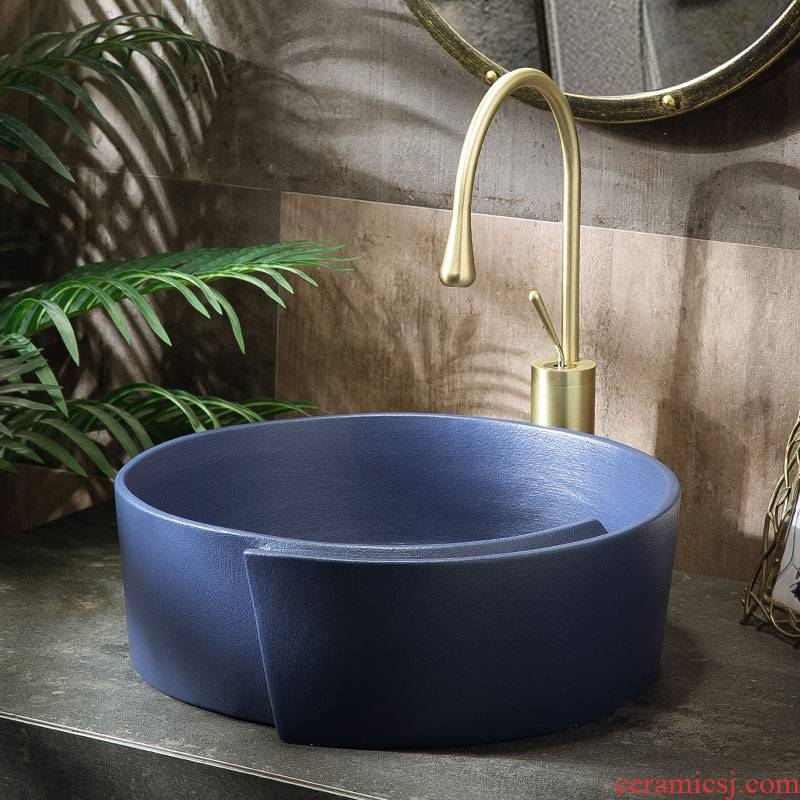 Sink on the small family toilet lavabo single basin basin ceramic basin is the basin that wash a face wash basin