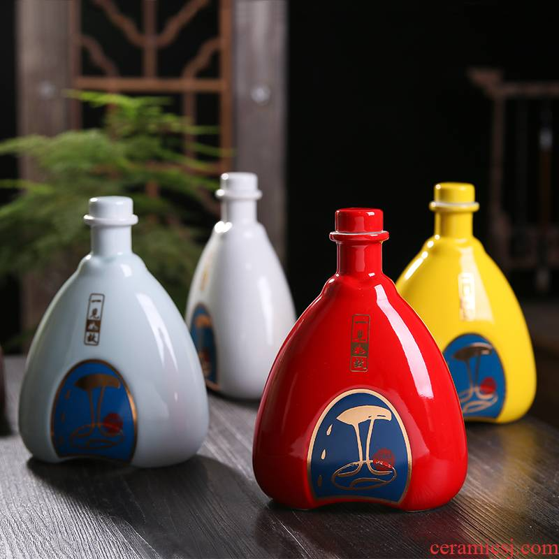 An empty bottle of jingdezhen ceramic 1 catty with gift box household small empty bottle seal pot liquor decoration ideas jars
