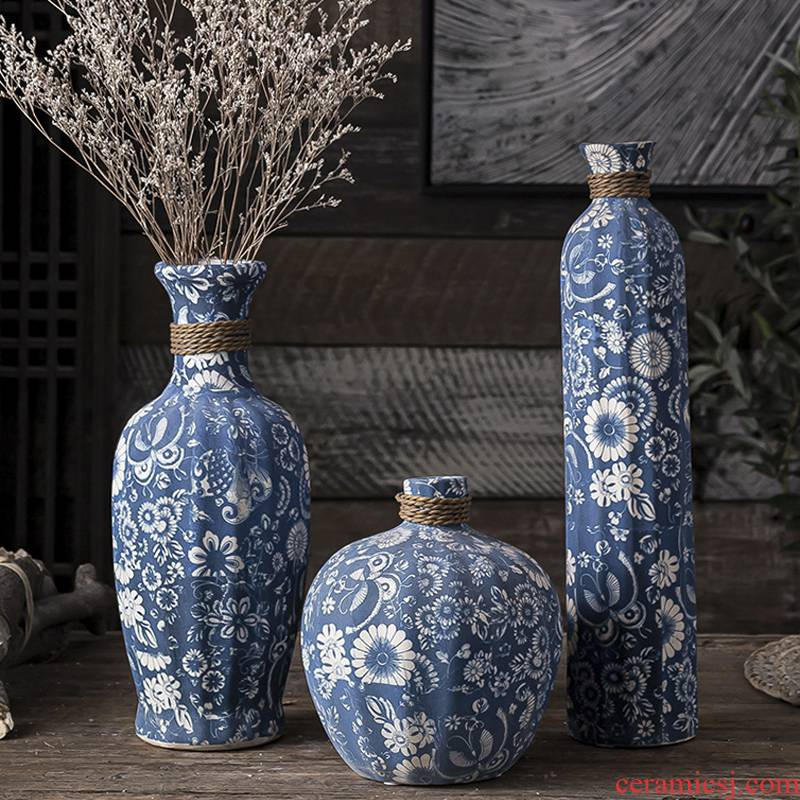 Creative dried flowers of jingdezhen blue and white vase continental Chinese style flower exchanger with the ceramics Taiwan crispy noodles flower arranging art restoring ancient ways furnishing articles