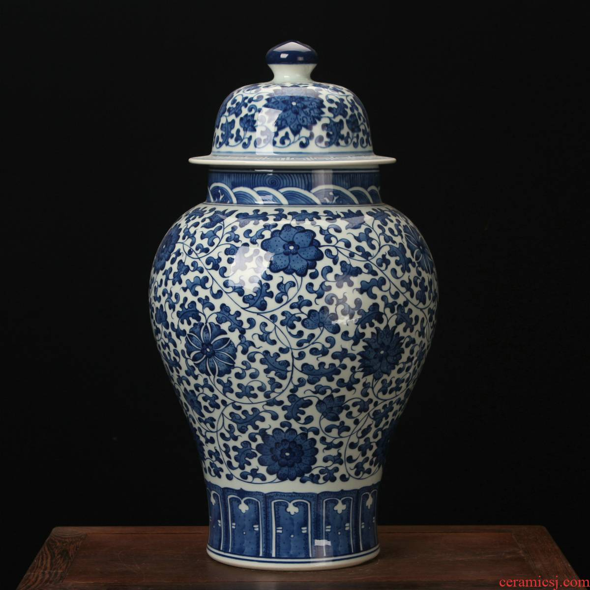 Jingdezhen ceramic vases, high - end antique hand - made bound lotus flower general canister to home town home furnishing articles