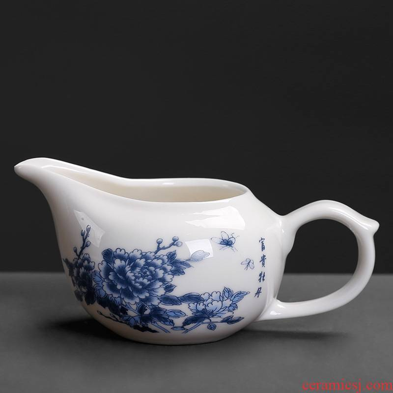 Small white porcelain mini Small household points of tea ware fair keller individuality creative kung fu tea and a cup of tea sea ceramics