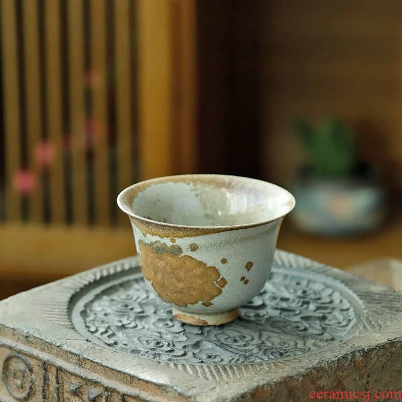 Pure manual orphan works hand made 】 【 jingdezhen up only wood beaker cups masters cup can keep tea cups