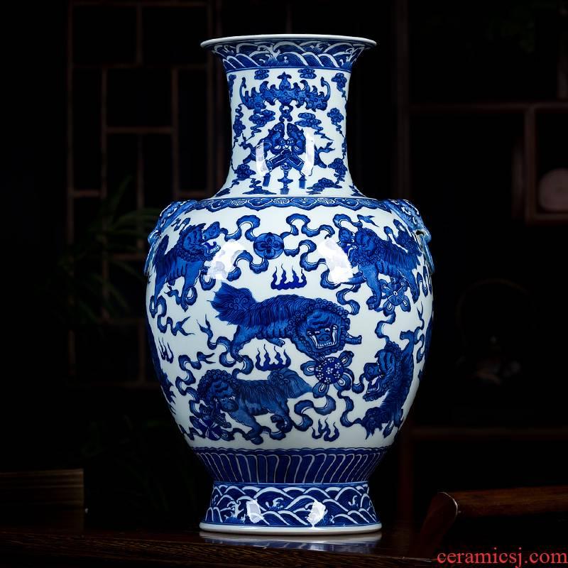 Antique Chinese jingdezhen ceramics qianlong vase hand - made porcelain of blue and white porcelain bottle furnishing articles sitting room adornment