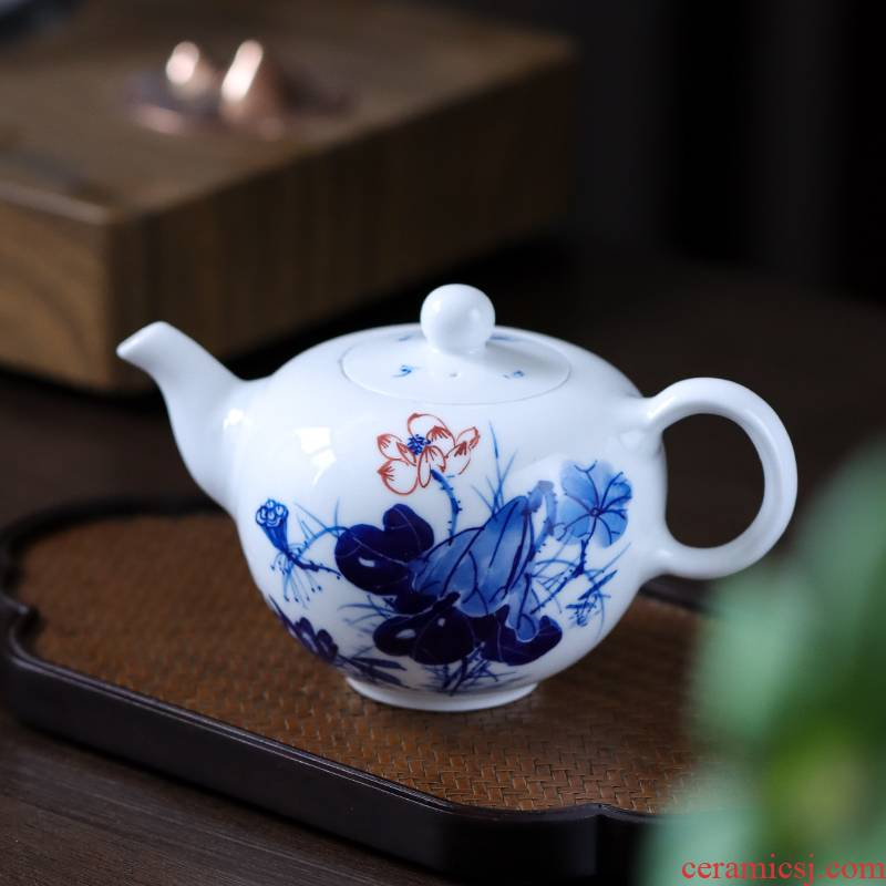 Jingdezhen ceramic teapot with Chinese hand - made girlfriend single pot of special pu 'er tea kungfu tea kettle