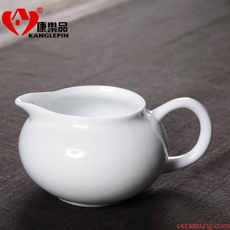 Recreational product ceramic blue and white porcelain tea set tea and a cup of tea and a cup of white porcelain kung fu tea sea points home