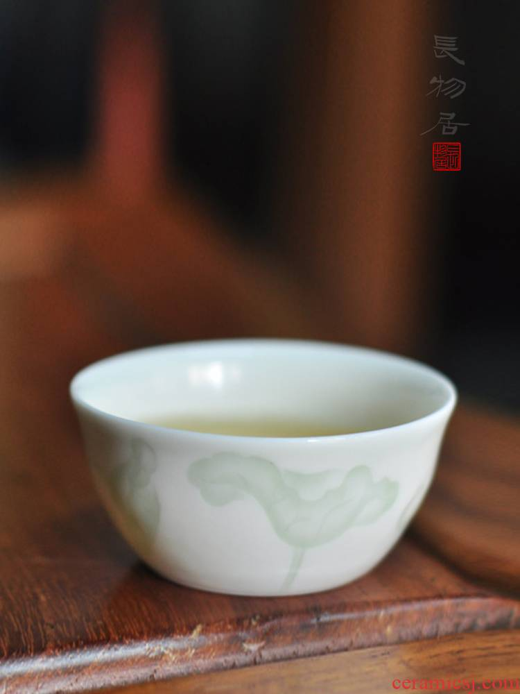 Offered home - cooked view flavour shadow green white porcelain craft dark moment in lotus sample tea cup of jingdezhen ceramic kung fu tea cups