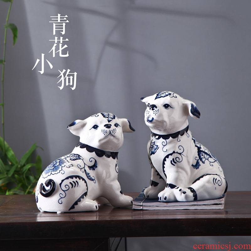 Blue and white porcelain ceramic dog sitting room adornment TV ark, creative express dog furnishing articles furnishing articles household act the role ofing is tasted tea table