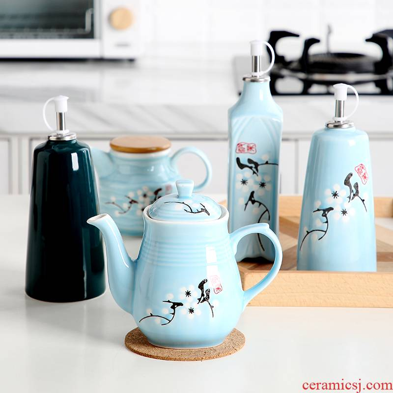 Ceramic oil can household Japanese leakproof small boats eat dumplings sauce oil vinegar bottle kitchen with a single tank