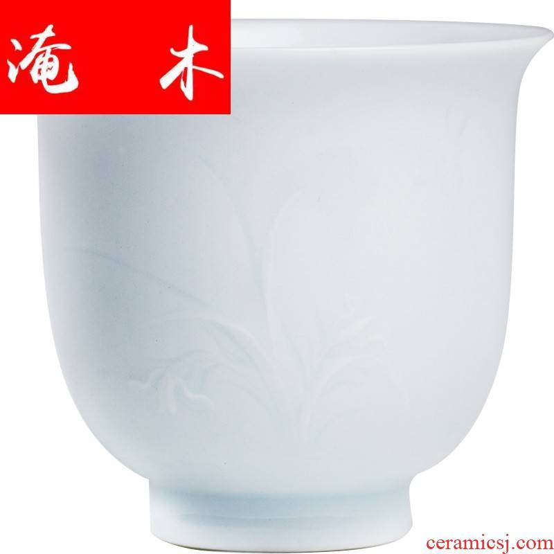 Flooded jingdezhen heap carved wood butterfly orchid sample tea cup masters cup tea thin foetus bas - relief cups fragrance - smelling cup kung fu