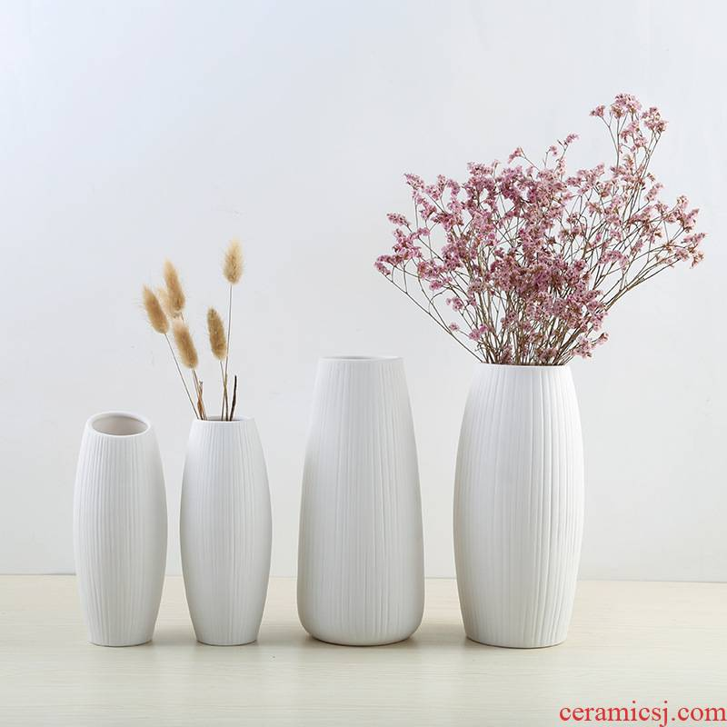 The Nordic ins wind dehua decoration crafts dried flowers flower arrangement household furnishing articles white porcelain vase
