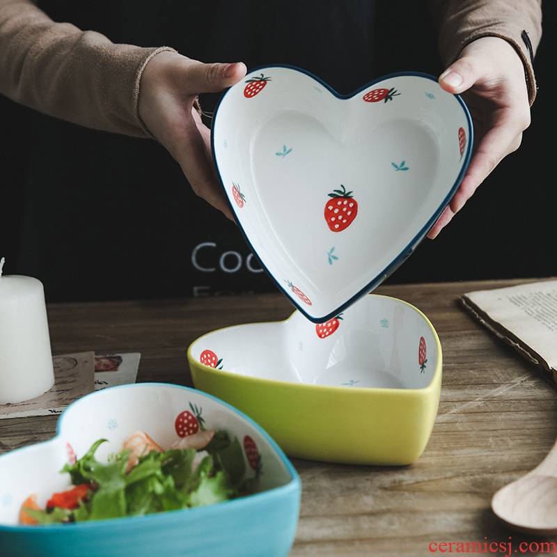 Move contracted creative hand - made ceramic strawberry girl heart lace to use pudding dessert fruit salad bowl bowl of northern Europe