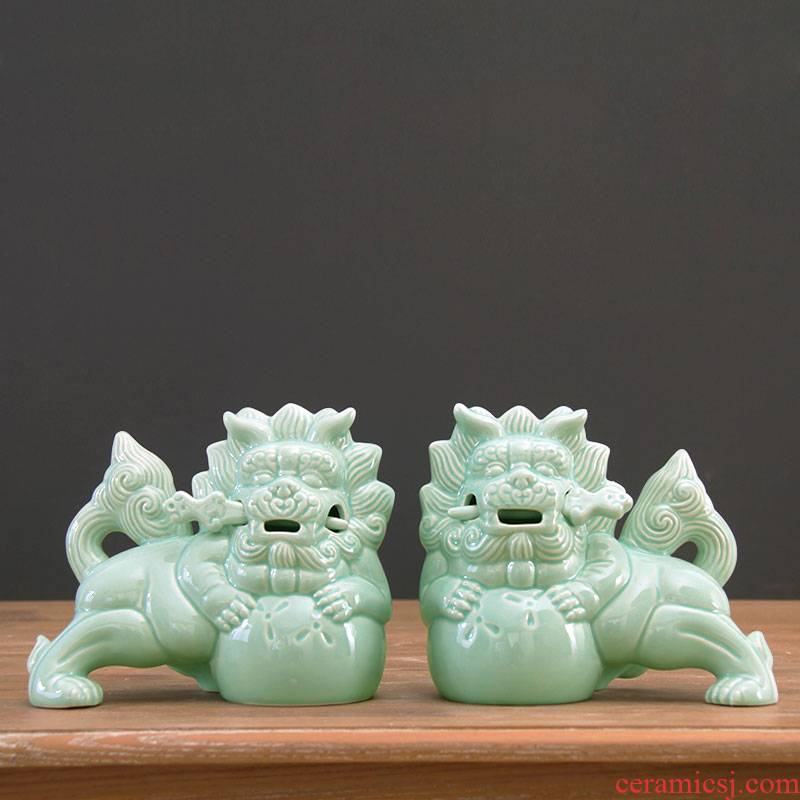 Chinese style ice crack glaze ceramic crafts of sword lion a pair of jingdezhen ceramics home home decorations