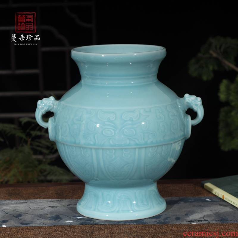 Jingdezhen shadow green elegant single glaze vase depicting archaize ceramic Chinese style classic furniture room furnishings