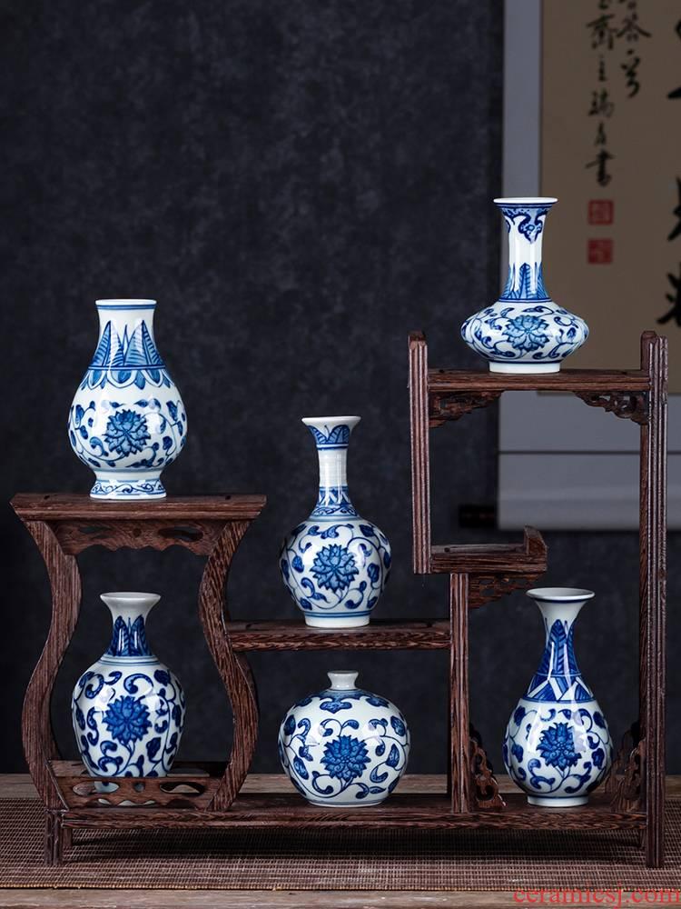 Blue and white porcelain of jingdezhen porcelain ceramic floret bottle water raise extra small mini furnishing articles rich ancient frame desktop decoration