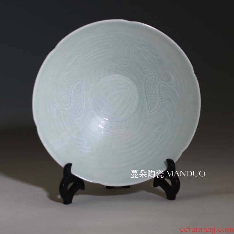 Jingdezhen shadow left up carved porcelain decoration dish baby show peony one knife mud green porcelain bowl