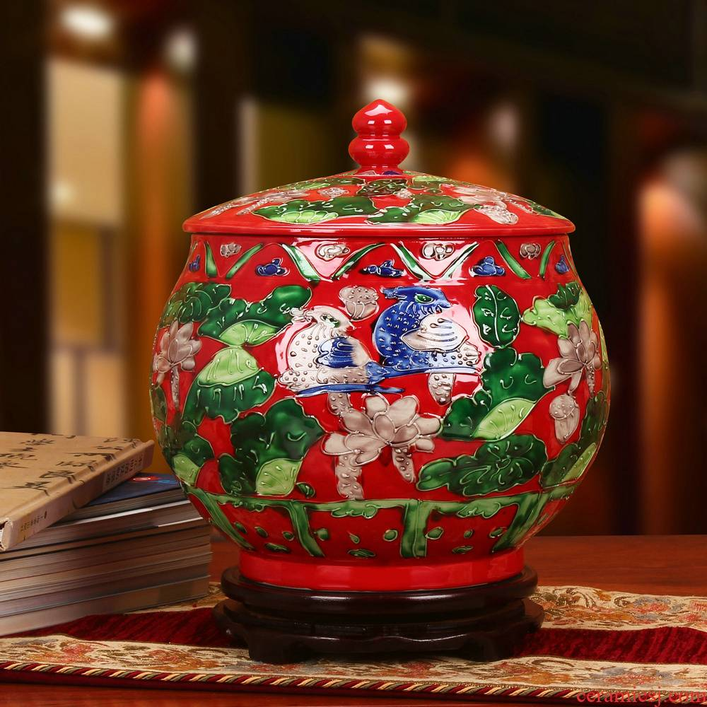 Jingdezhen ceramics antique carved red yuanyang furnishing articles storage tank cylinder barrel seeds wedding gift