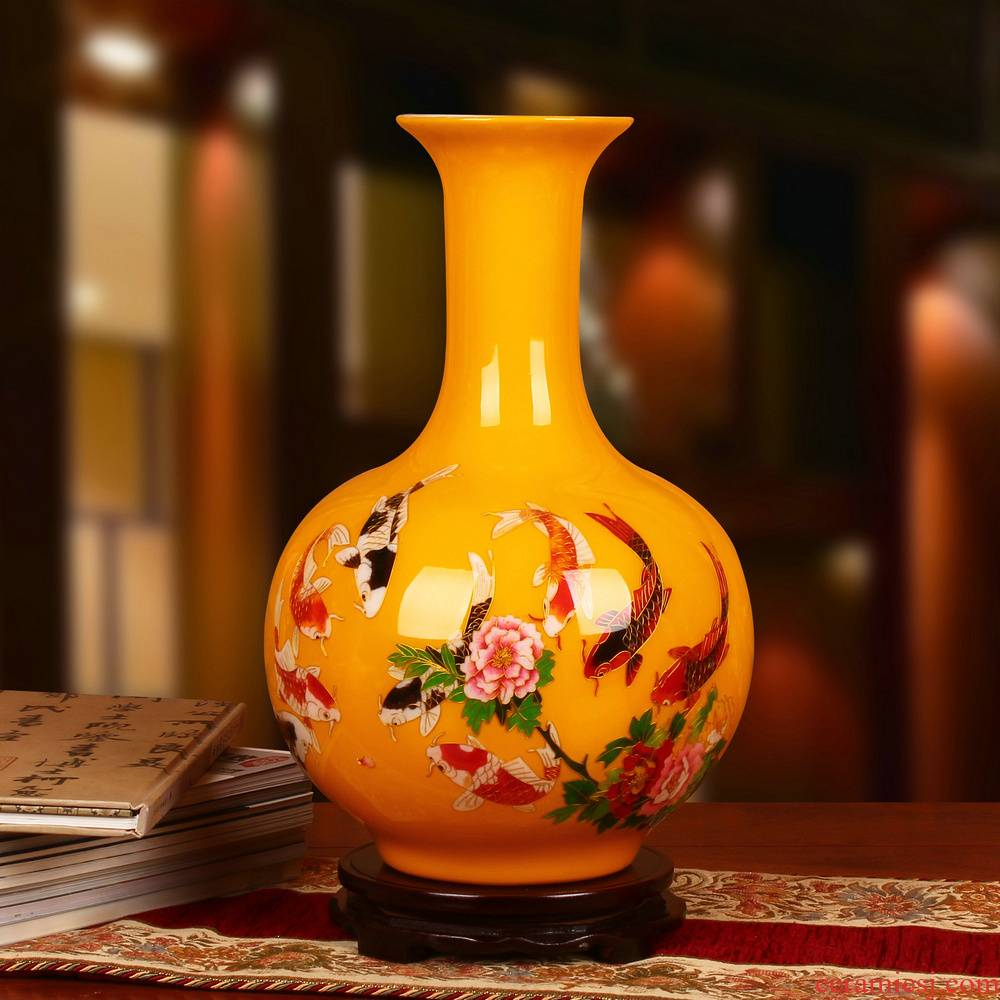 Jingdezhen high - grade straw yellow vase vase modern Chinese style household adornment is placed more than fish every year
